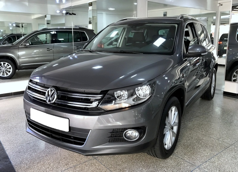 volkswagen tiguan 2 0 l tdi luxe bva dgs 7 auto achraf. Black Bedroom Furniture Sets. Home Design Ideas